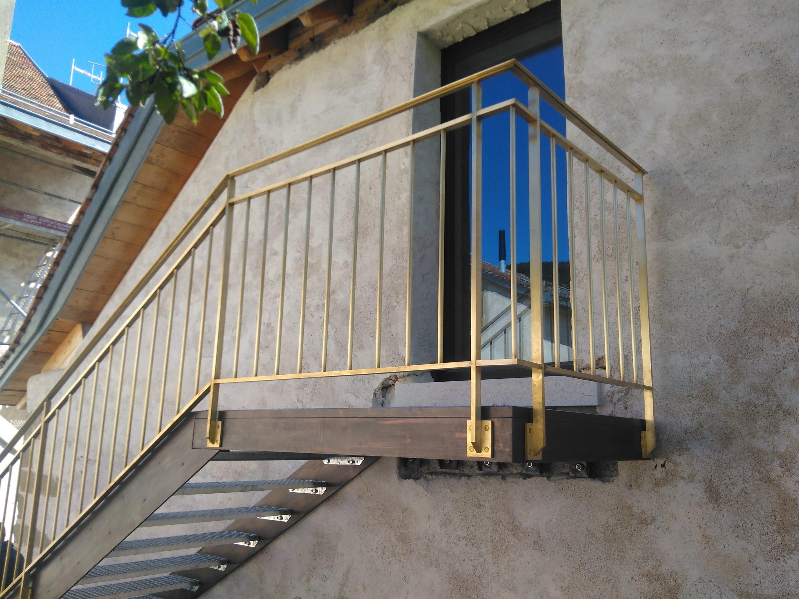 escalier acier ferronnerie