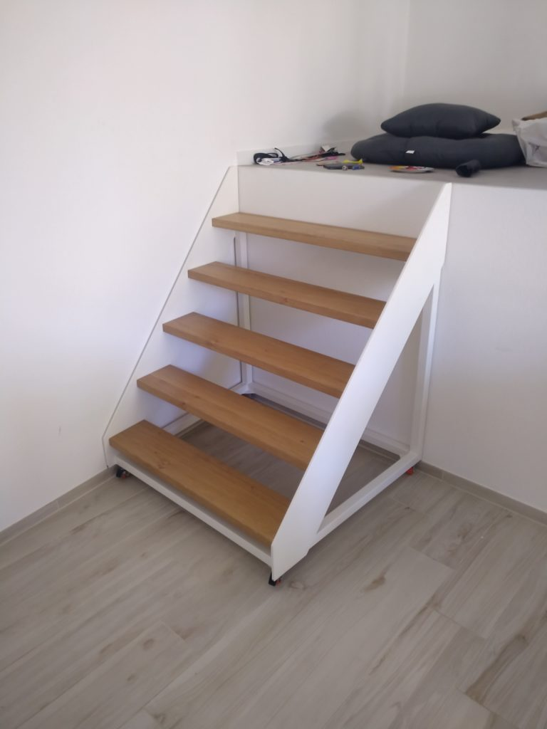 escalier sur roulettes ferronnerie